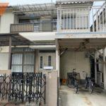 現地(2020年07月)撮影 昭和58年11月築の上物有り 中古住宅としてもお使いいただけます(外観)